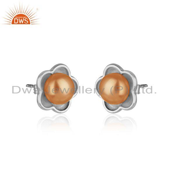 Designer dainty stud in rhodium plated silver 925 with pink pearl