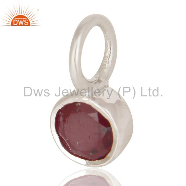 Exporter Sterling Silver Ruby small round bezel set Pendant Necklace