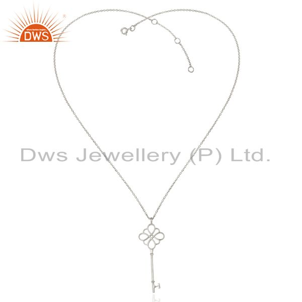 Exporter Keys knot Style 92.5 Sterling Silver White Rhodium Plated Pendant Necklace
