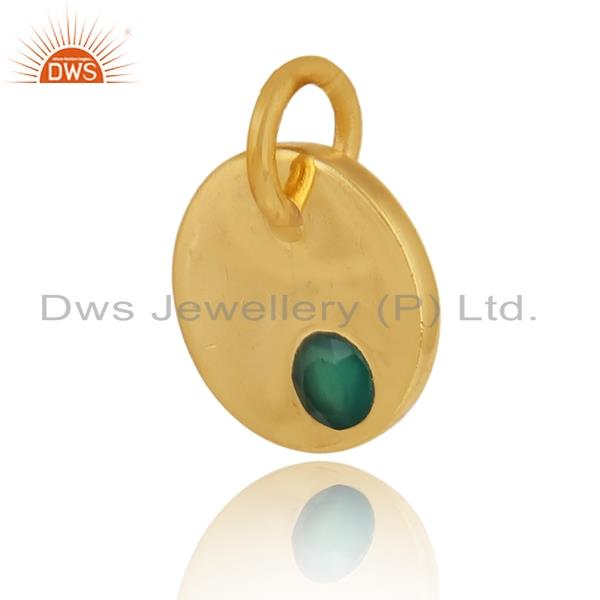 Dainty charm pendant in yellow gold on silver with green onyx