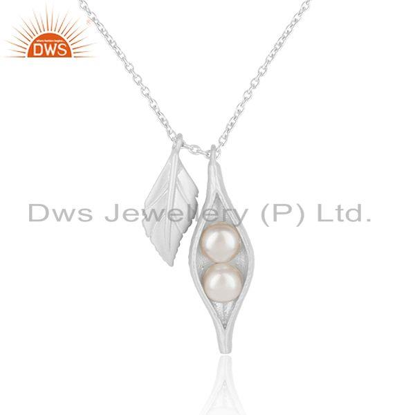 Seedpod leaf charm necklace in silver 925 with natural pearl