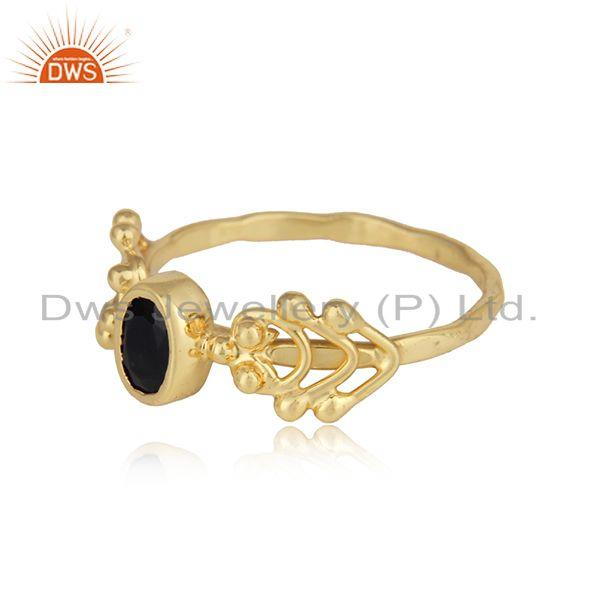 Natural black onyx dainty ring in yellow gold on silver 925