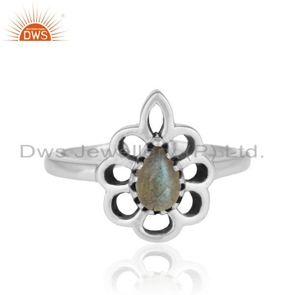 Designer floral ring in oxidized silver 925 and labradorite