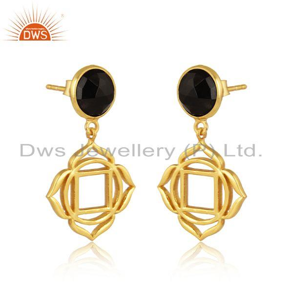 Root chakra earring in yellow gold on silver with black onyx