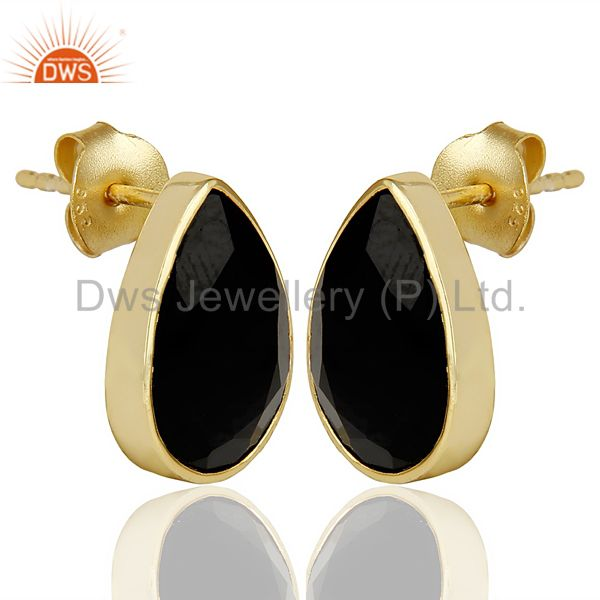 Exporter Black Onyx Pear Shape Flat Back Gold Plated Stud Earring In Solid Silver