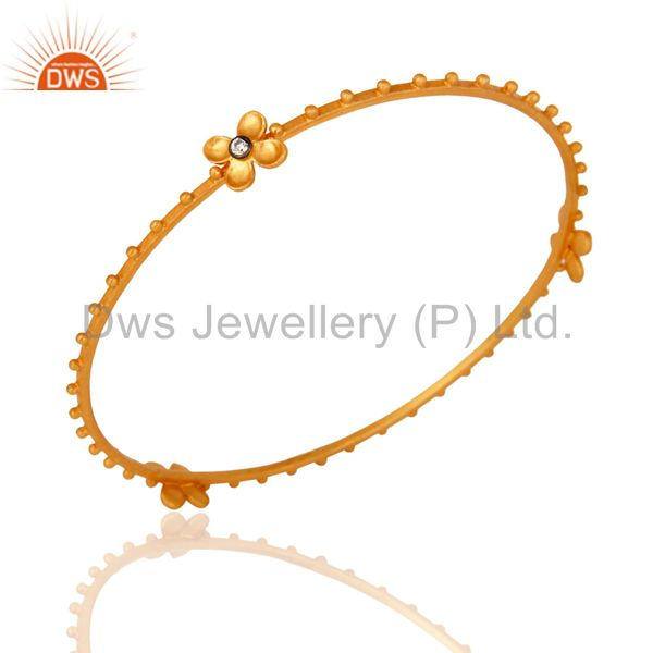 Supplier of Stunning Cubic Zirconia 18K Yellow Gold Plated Beautiful Designer Bangle Jewelry In Jaipur