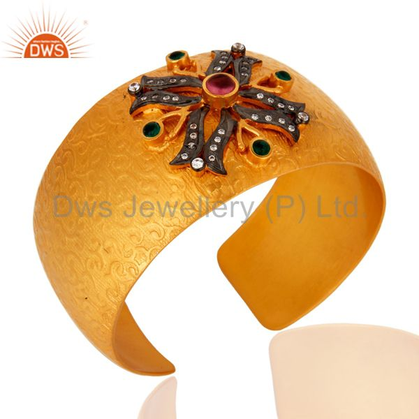 Suppliers Handmade 18K Gold Plated Over Brass Green Hydro Gemstone Fashion Cuff Bracelets
