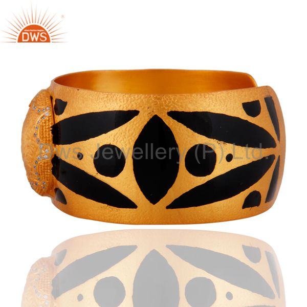 Suppliers Hand-crafted White Cubic Zirconia Gold Plated Cuff Bracelet With Enamel Painted
