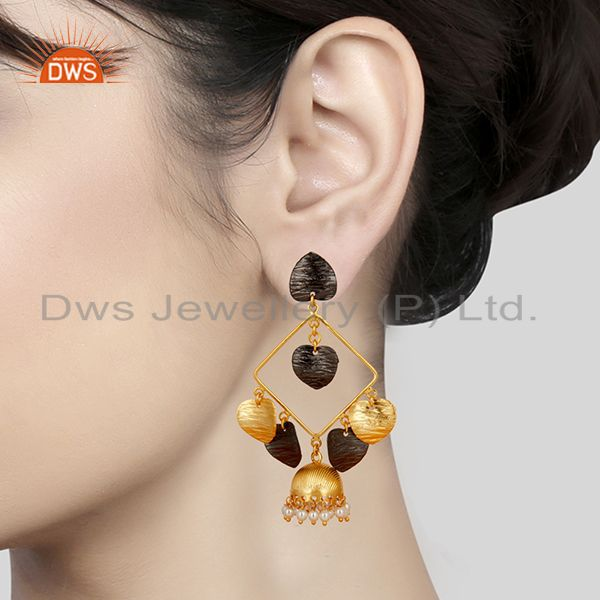 Suppliers 14K Yellow Gold Plated Traditional Handmade Pearl Round Jhumka Brass Earrings
