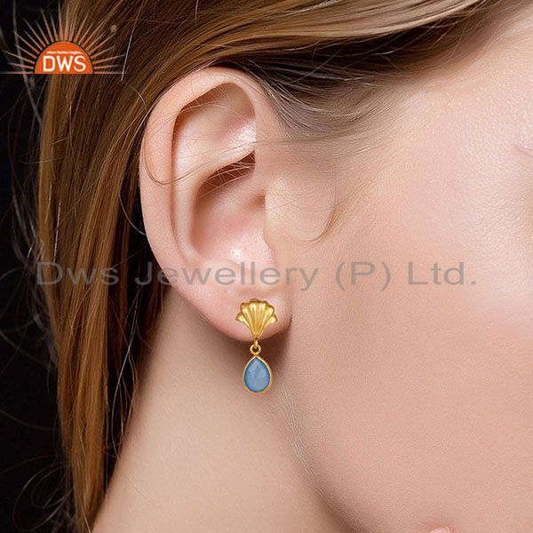 Suppliers 14K Yellow Gold Plated Handmade Dyed Chalcedony Bezel Set Drops Brass Earrings