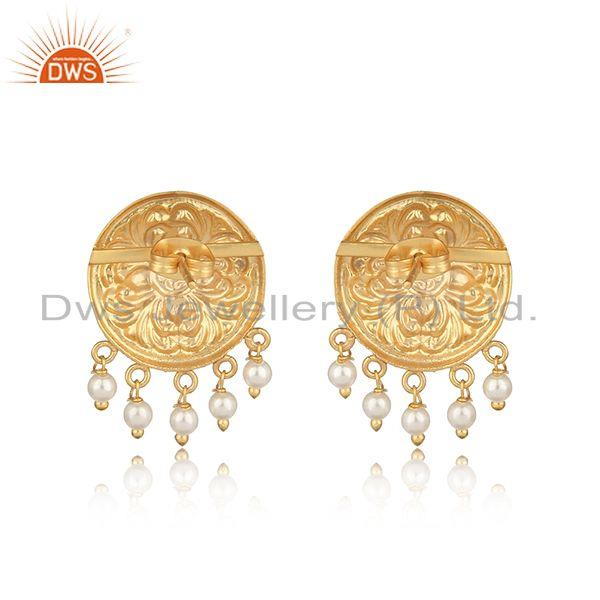 Designer of Handcrafted textured yellow gold on fashion earring with pearl