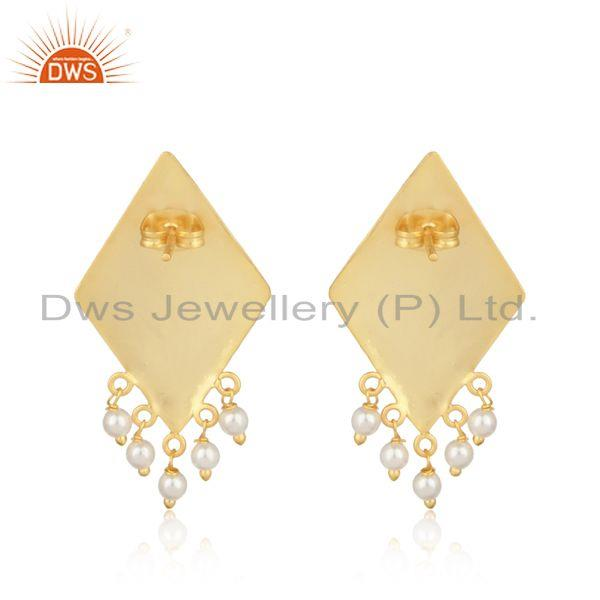 Designer of Designer tradtional textured gold on fashion earring with pearl