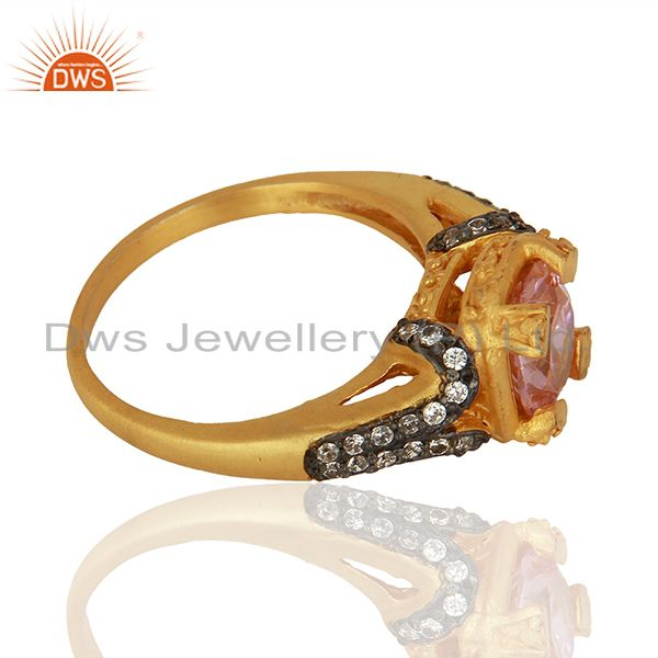 Suppliers 22K Yellow Gold Plated Brass Pink Cubic Zirconia Womens Fashion Ring