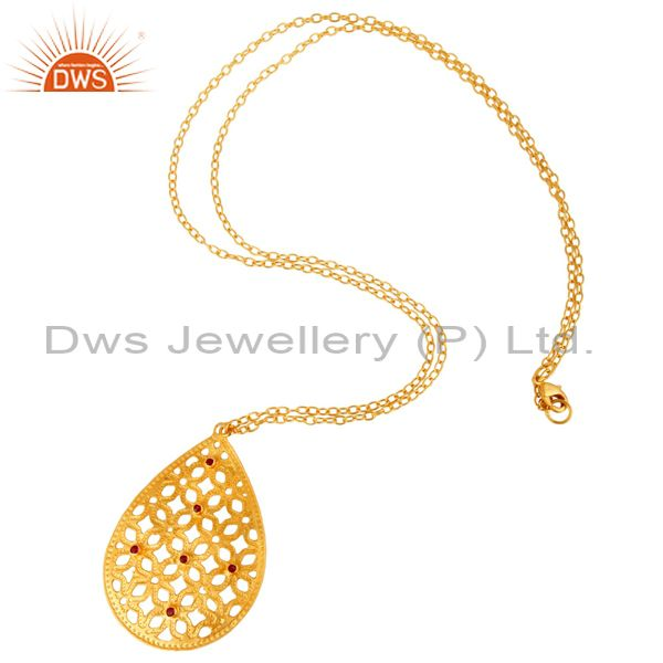 Suppliers 18K Gold Plated Brass Red Cubic Zirconia Filigree Pendant With 30