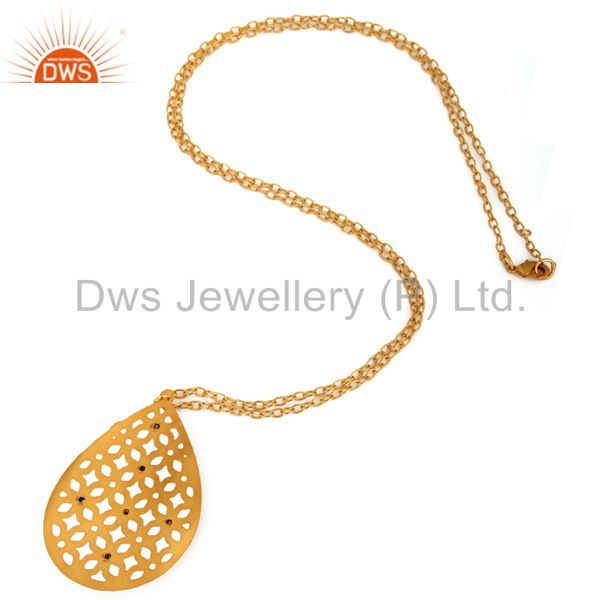Suppliers Indian Artisan Crafted 22K Gold Plated White Zircon Filigree Designer Pendant