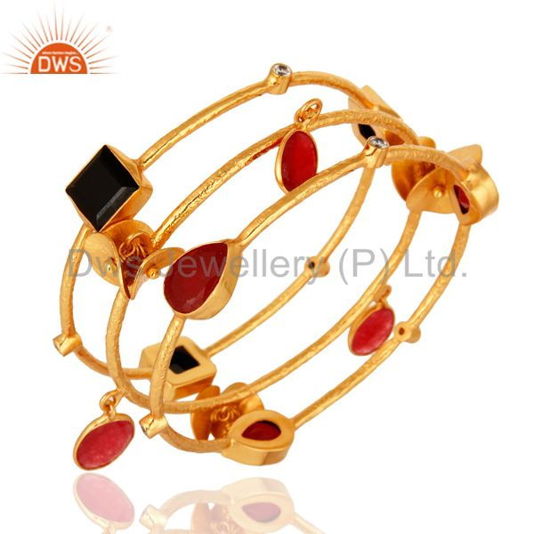 Wholesalers of 18k gold over brass matte finish red aventurine black onyx bangle