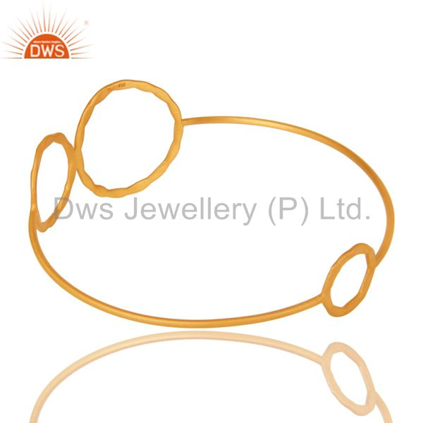 Wholesalers of 22k yellow gold plated 925 silver hammered circle stackable bangle