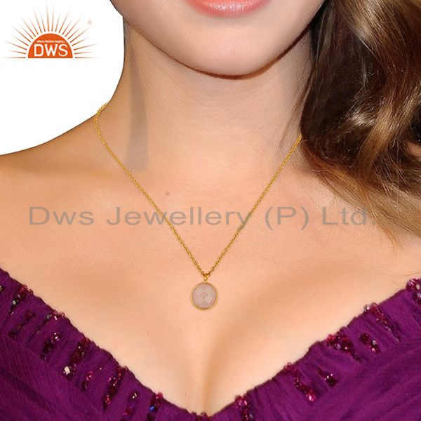 Suppliers Rose Chalcedony Round Bezel Set Sterling Silver 18K Gold Plated Chain Pendant