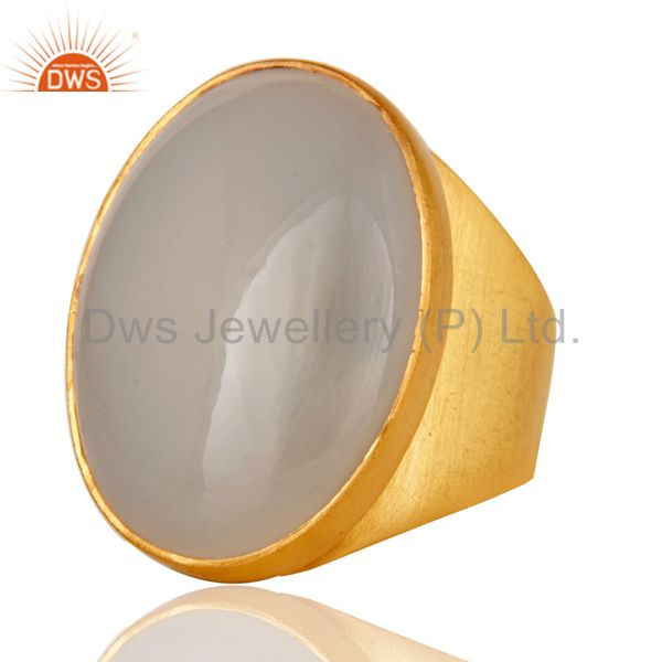 Suppliers 22K Yellow Gold Plated Handmade Wide Natural Chalcedony Brass Dome Ring