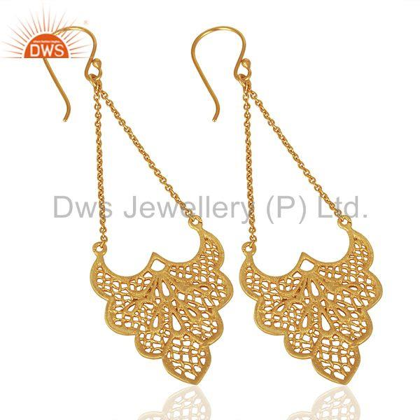 Suppliers Crest shaped lace earring is 3.5cm x 2.7cm with 4 cm chain drop Gold Plated