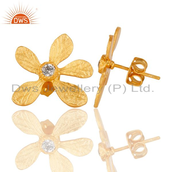 Suppliers 14K Yellow Gold Plated Handmade Flower Design White Zirconia Stud Brass Earrings
