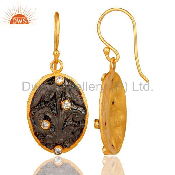 Suppliers Handmade Flower Graving Design Brass Earrings with 18l Gold Plated & CZ