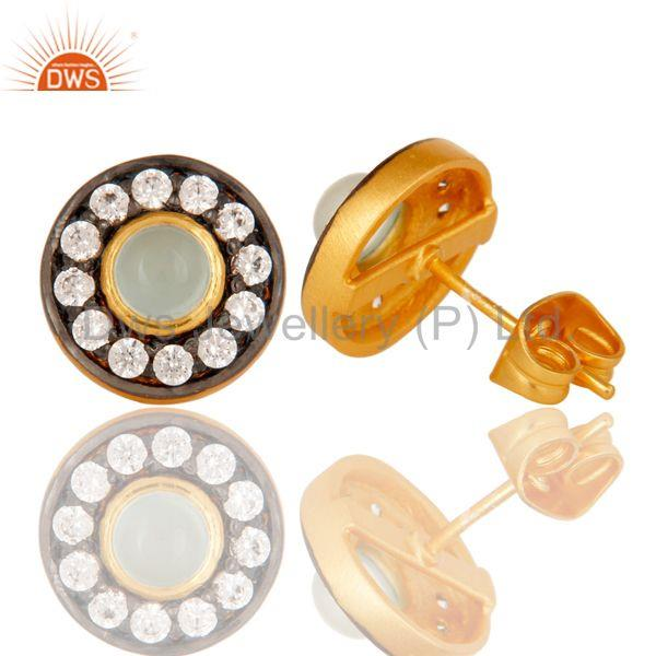 Suppliers 18k Gold Plated Round Brass Studs Earrings with Dyed Chalcedony & White Zarconia