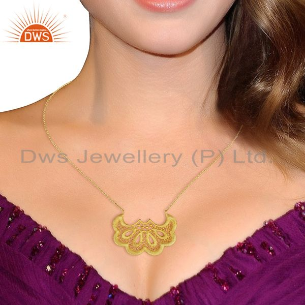 Suppliers Fan shaped lace Designer Fashion Pendent