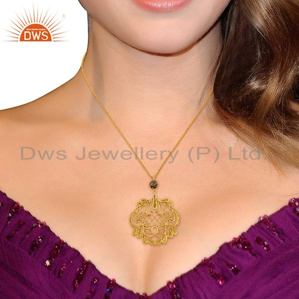 Suppliers Filigree Design Brass Gold Plated Fashion Gemstone Traditional Pendant