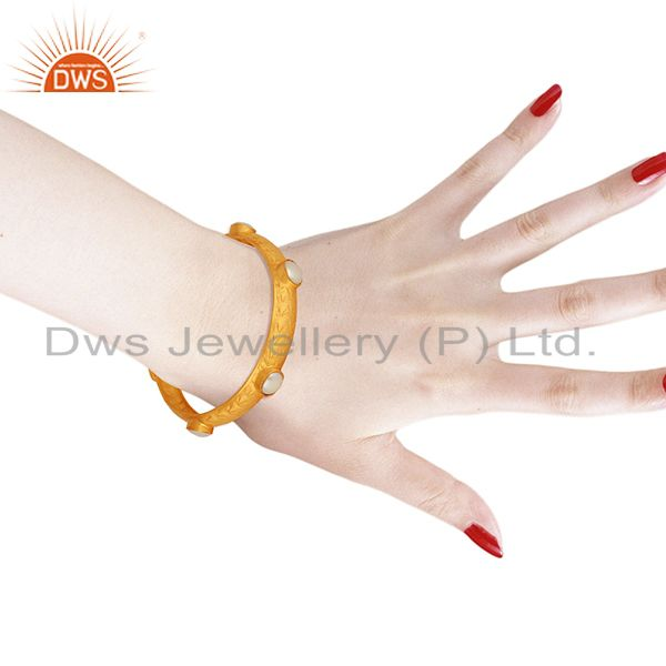 Wholesalers of Natural pearl gemstone gold plated 925 silver bangle manufacturer