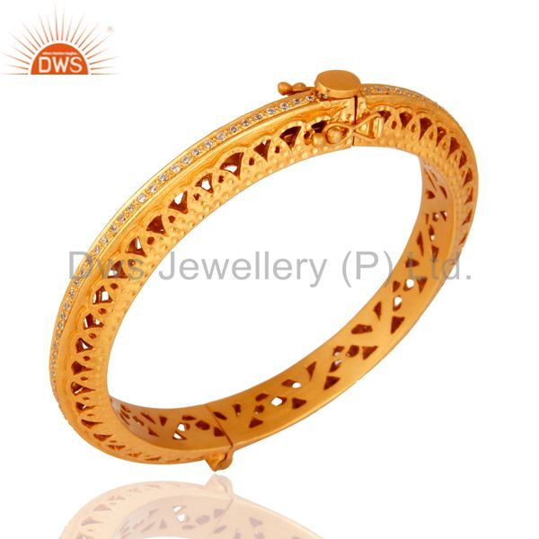 Wholesalers of 18k gold plated 925 silver cubic zirconia designer openable bangle
