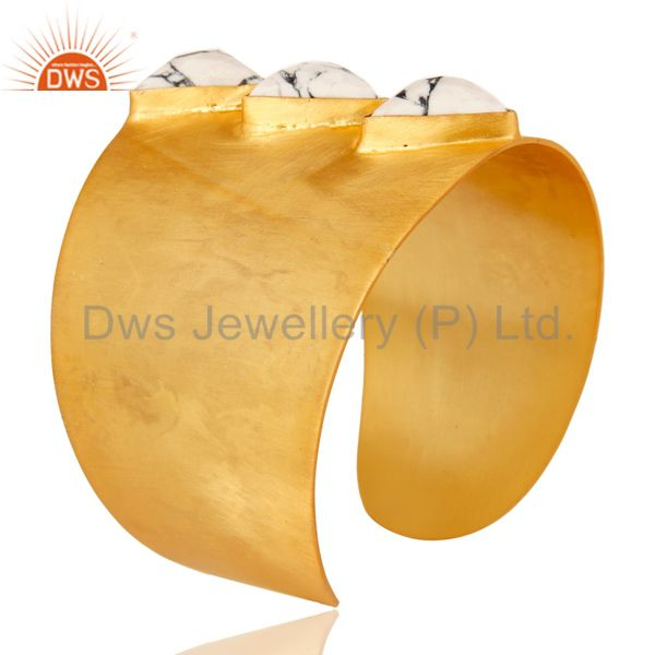 Suppliers 22K Yellow Gold Plated Handmade White Howlite Gemstone Brass Openable Jewellery
