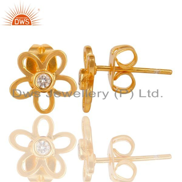 Suppliers 14K Gold Plated Sterling Silver Flower Design White Zirconia Studs Earrings