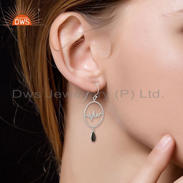 Suppliers Hematite Studded Simple Heartbeat Designer Silver Earring