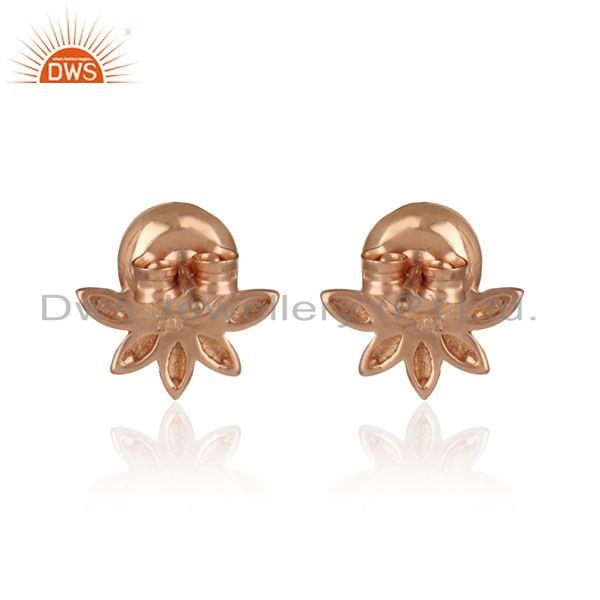 Designer of Designer leaf earring in rose gold on silver with exquisite pearl