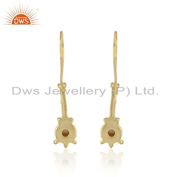 Designer of Handmade designer earring in yellow gold on silver 925 with pearl