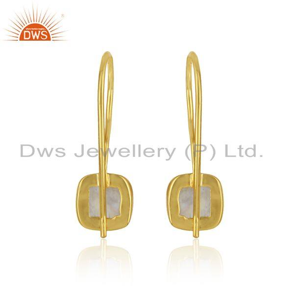 Designer of Handmade earring in yellow gold on silver with raonbow moonstone