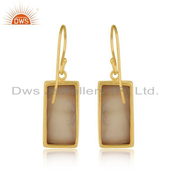 Designer of Handmade mother of pearl bar earring in yellow gold on silver 925