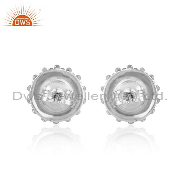 Designer of Handmade stud in rhodium plated silver 925 adorn with gray pearl