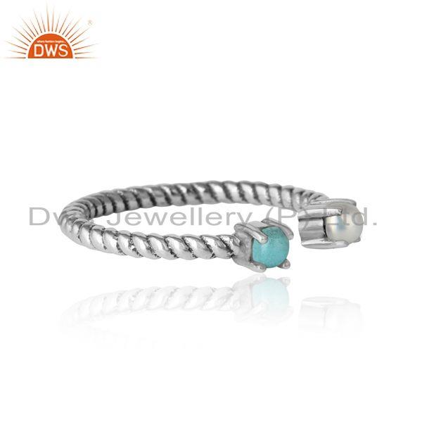 Designer of Twisted ring in oxidized silver 925 arizona turquoise and pearl