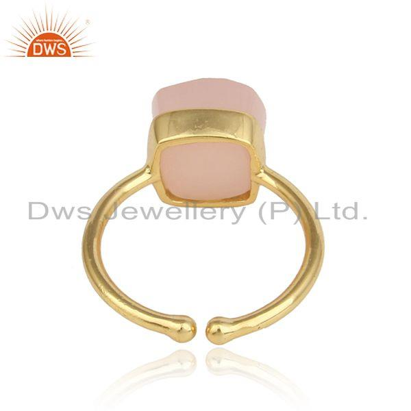 Designer of Solitaire ring in yellow gold on silver 925 with rose chalcedony