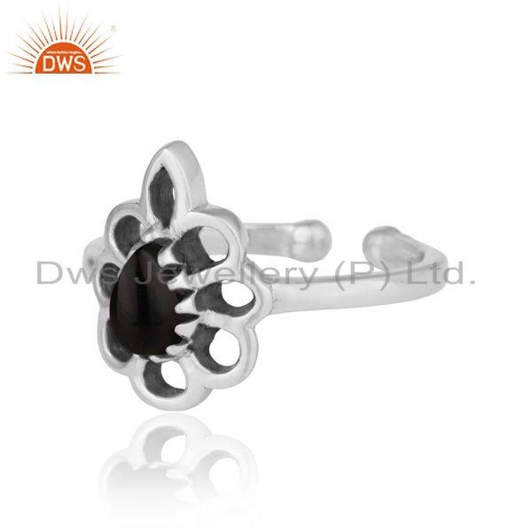 Designer of Designer floral ring in oxidized silver 925 and black onyx