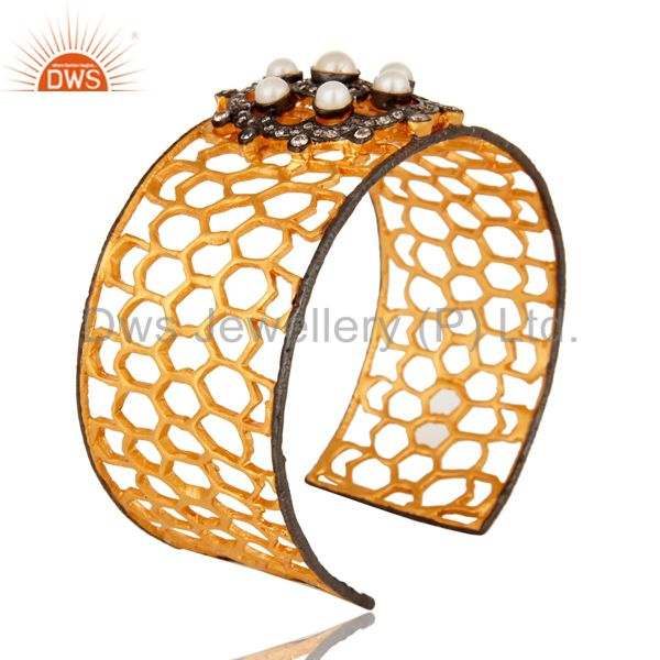 Suppliers Handmade Pearl And CZ Filigree Cuff Bracelet With Yellow Gold Plated