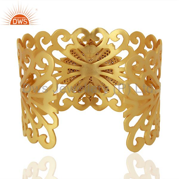 Suppliers 18K Yellow Gold Plated Brass Filigree Designer Wide Cuff Bracelet With CZ