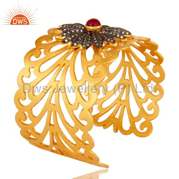 Suppliers 14K Yellow Gold Plated Brass Filigree Design Wide Cuff Bracelet With Chalcedony
