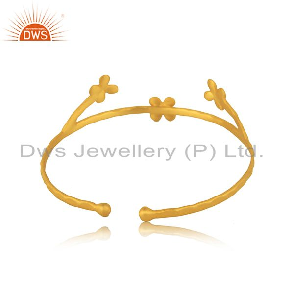 Wholesalers Designer 18k Gold Plated Brass Fashion Handcrafted Cuff Bangle Manufacturers