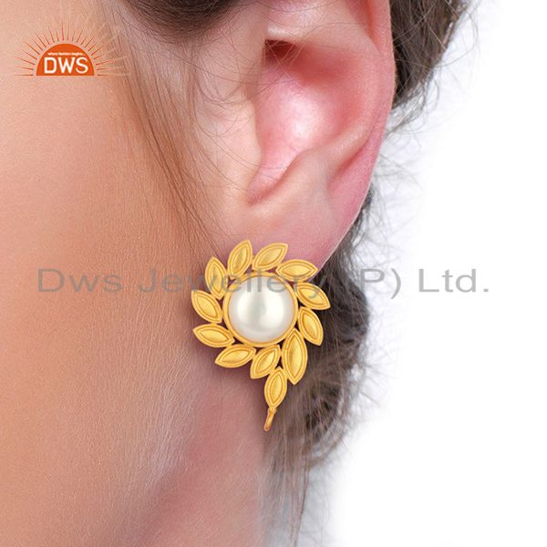 Wholesalers Pearl Stud 18K Yellow Gold Plated Brass Designer Earrings Fashion Jewelry