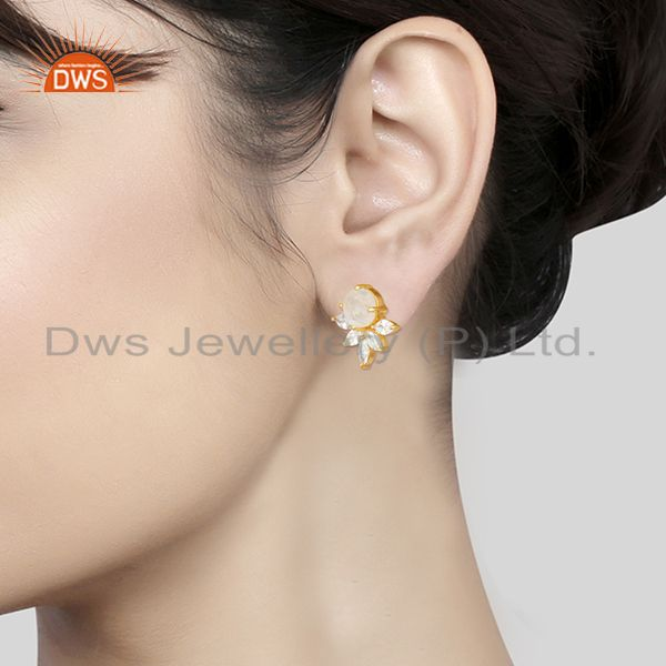 Wholesalers Designer Gold Plated Brass Prong Set Moonstone and Zircon Stud Earring Wholesale