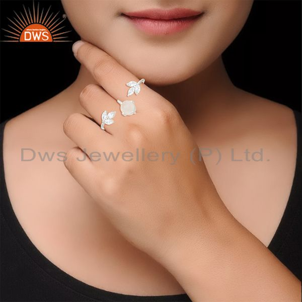Wholesalers Handmade Fine Silver Plated Rainbow Moonstone Double Finger Ring Manufacturers