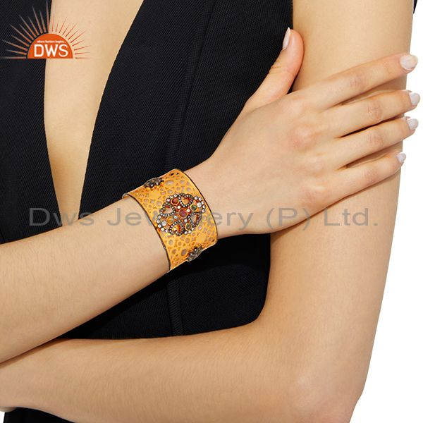 Wholesalers Hand-crafted 18K Yellow Plated Brass Filigree Design Cuff Bracelet With Tourmali